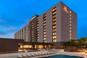 Holiday Inn SAN ANTONIO-INT`L AIRPORT property information